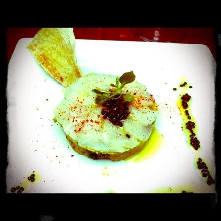 Saint-Jacques marinées au caviar de hareng, crème de brocoli (Fanny)